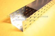 Крышка металлического перфорированного лотка с основанием 200 мм весит от 0,7 до